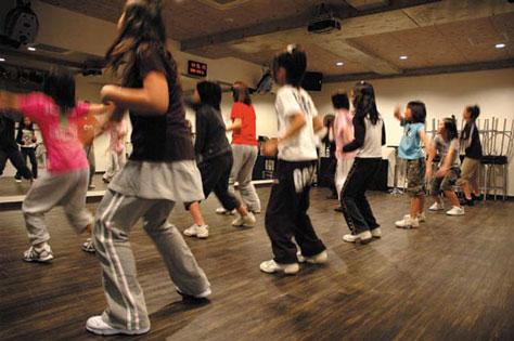 音楽&ダンススクール事業